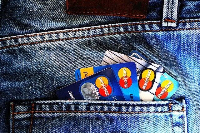 Faut-il renégocier avec sa banque se faire racheter un crédit?