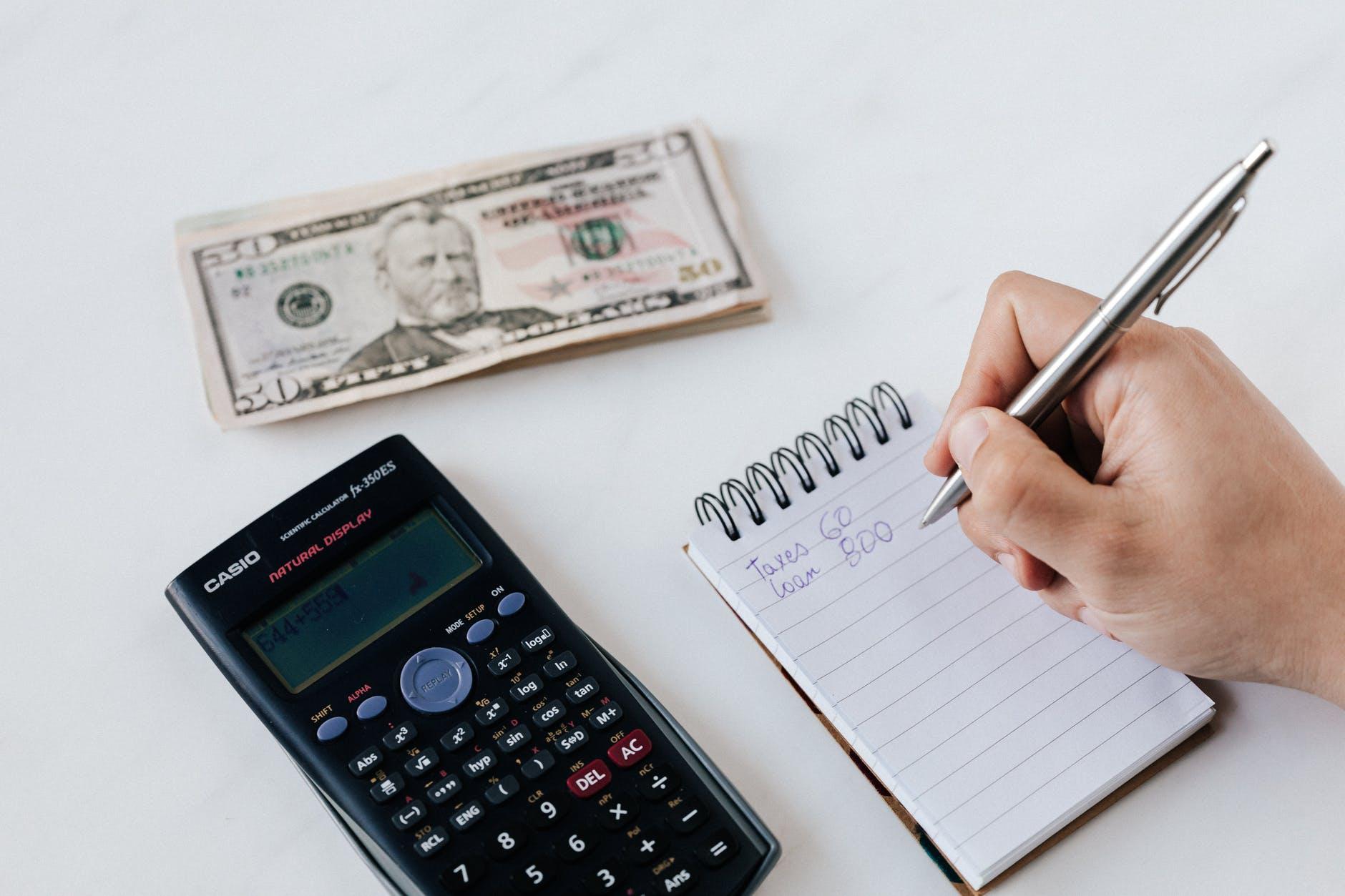 Budget mensuel via une feuille de papier